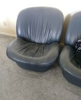 2 leather chairs in Alamogordo, New Mexico