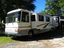 2000 Dutch Star Newmar Motorhome in Fort Polk, Louisiana