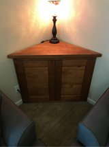 Solid wood Corner unit in Fort Polk, Louisiana