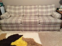 Sofa bed ——queen size in St. Charles, Illinois