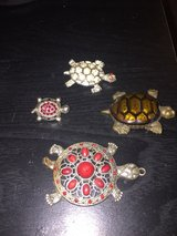 3 turtle pins/ 1 turtle necklace in Fairfield, California
