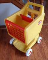 VINTAGE LITTLE TIKES SHOPPING CART in Algonquin, Illinois