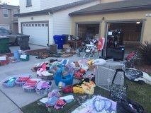 Moving sale in Camp Pendleton, California