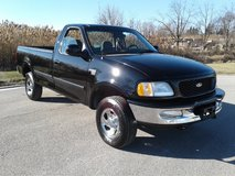 1998 Ford F150 xlt 4x4 with 8K Original Miles in Orland Park, Illinois