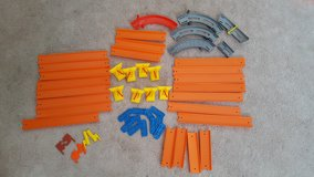 Hot Wheels Wall Tracks & Accessories in St. Charles, Illinois