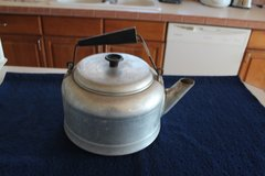 Vintage Aluminum Tea Pot in Alamogordo, New Mexico
