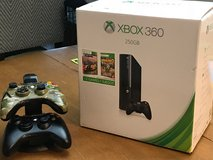 xbox 360 (250GB)/extra wireless controller/controller charger in Oswego, Illinois