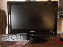 "15 "" color toshiba with DVD player w/remote in Lockport, Illinois"