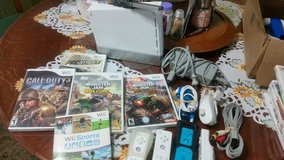 Wii Bundle in Cleveland, Texas