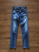 Boys AE 28x32 skinny jeans in Fort Knox, Kentucky