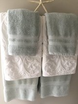 Potterybarn towels and bath mats in Quantico, Virginia