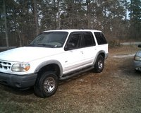 2000 ford explorer in Cherry Point, North Carolina