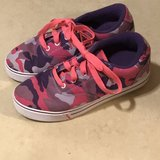 Girl Heelys Skate Shoes Size 6 in Travis AFB, California