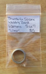 Thunderfit silicone wedding band women's size 7 silver in Fort Campbell, Kentucky
