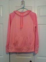 Women's danskin pullover size Medium in Fort Campbell, Kentucky