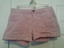 Old Navy women's shorts light pink size 2 in Fort Campbell, Kentucky
