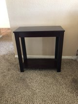 2 side tables in Alamogordo, New Mexico