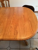 kitchen table with 4 chairs in Lockport, Illinois