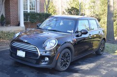 2015 Mini Cooper Hardtop 4 Door in Quantico, Virginia