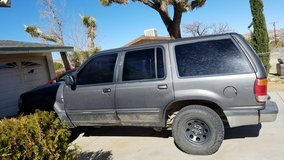 1998 Ford explorer in Yucca Valley, California