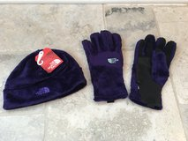 Women's North Face Denali Purple Fleece Hat and Gloves - NEW! in Glendale Heights, Illinois
