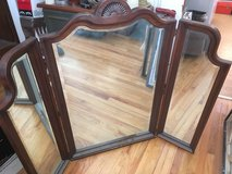 Tri-View Dressing Mirror in St. Charles, Illinois