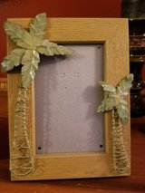 palm tree picture frame in Algonquin, Illinois