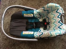 Evenflo infant carseat in Lawton, Oklahoma