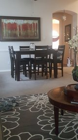 Nice dark brown table w 6 chairs. in Baytown, Texas