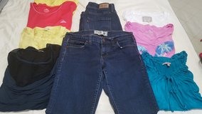 WOMEN'S SIZE 8 CLOTHING LOT in Fort Campbell, Kentucky