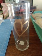 5 large glass vases with gold heart in Alamogordo, New Mexico