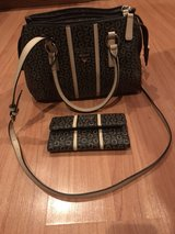 GUESS brown/tan purse & wallet in Chicago, Illinois