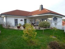 Bungalow with granny flat in Hüffler, 20 minutes from Ramstein-Miesenbach in Ramstein, Germany