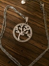 Tree pendant necklace in Fort Campbell, Kentucky