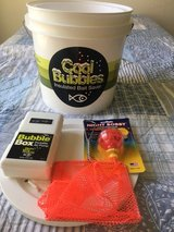 Cool Bubbles insulated bait saver w/portable air pump and net in Camp Pendleton, California