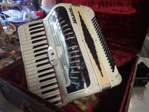 Belsono Accordion - 60 yrs. old - Mint condition! in Schaumburg, Illinois