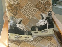 men's Beaur ice skates in Ruidoso, New Mexico