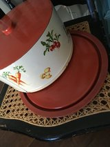Cake carrier, cake plate, vintage in CyFair, Texas