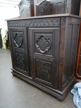 2 door Cabinet with a lot of carvings in Baumholder, GE