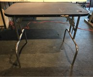 Used Grooming Table in Sandwich, Illinois