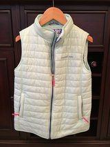 Like NEW - Girls Vineyard Vines Vest Size M (10-12) in Glendale Heights, Illinois