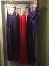 Ladies Night Gowns Size M/L (price each) in Eglin AFB, Florida