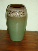 "green 6"" vase in Glendale Heights, Illinois"