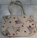 CHRISTMAS TAPESTRY PURSE, BAG, TOTE, MEDIUM SIZE in Lakenheath, UK