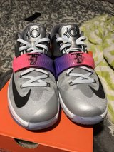 Kevin Durant s size 6.5Y in The Woodlands 272b7e20f