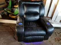 2 Black leather recliners in Springfield, Missouri