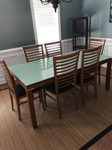 Glass top expandable dining table w/6 chairs in Wilmington, North Carolina