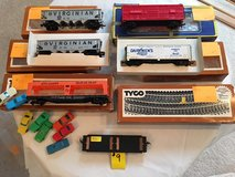 Vintage HO-Scale Train Cars & Track Lot #9 in Wheaton, Illinois