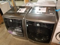 Brand new LG washer and dryer set graphite steel 01 year warranty/ delivery in Fort Belvoir, Virginia