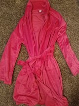 Brand New Pink Robe (Large) in Ruidoso, New Mexico